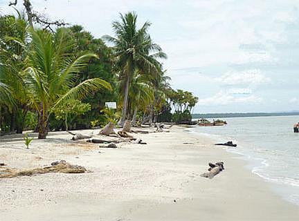 Playa Blanca, paraíso turístico en Guatemala