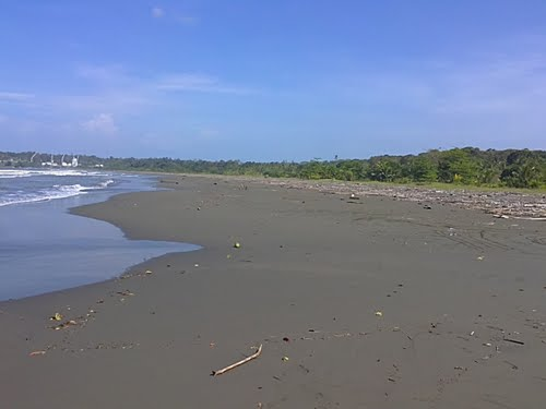 Playa Moin
