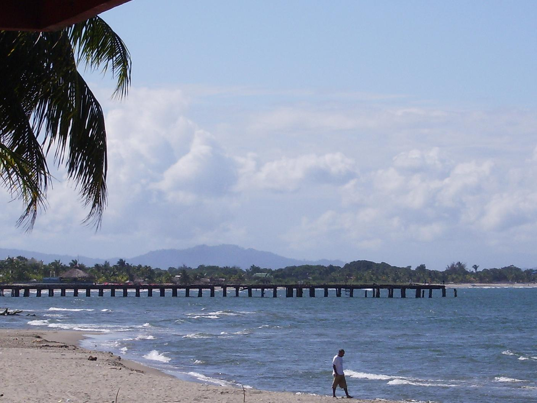 Playa Tela