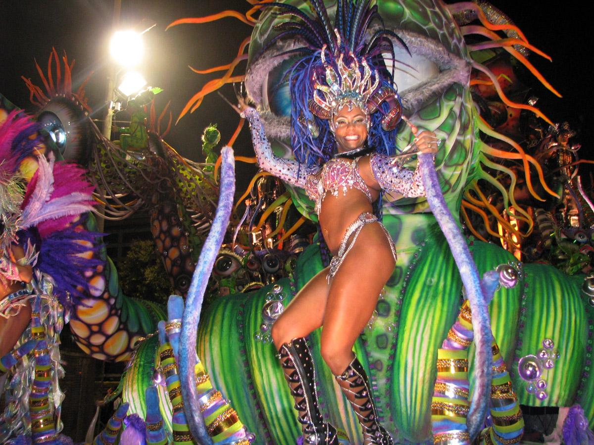 El Carnaval, una industria en Río de Janeiro Playas del mundo