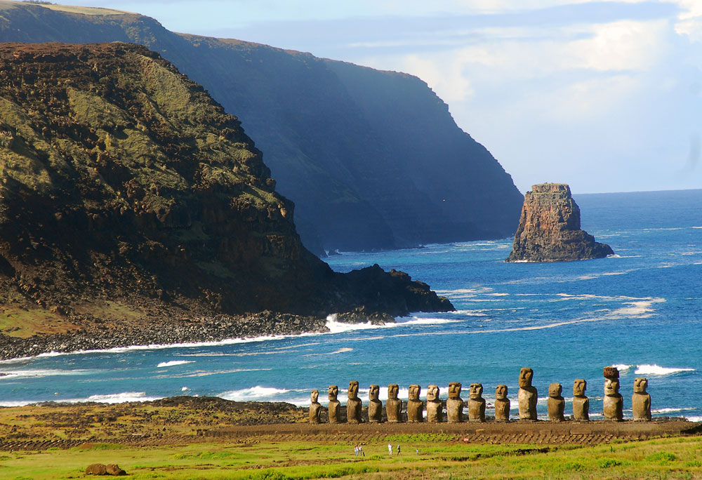 Isla de Pascua, ceremonias ancestrales y esculturas en Chile Playas del mundo