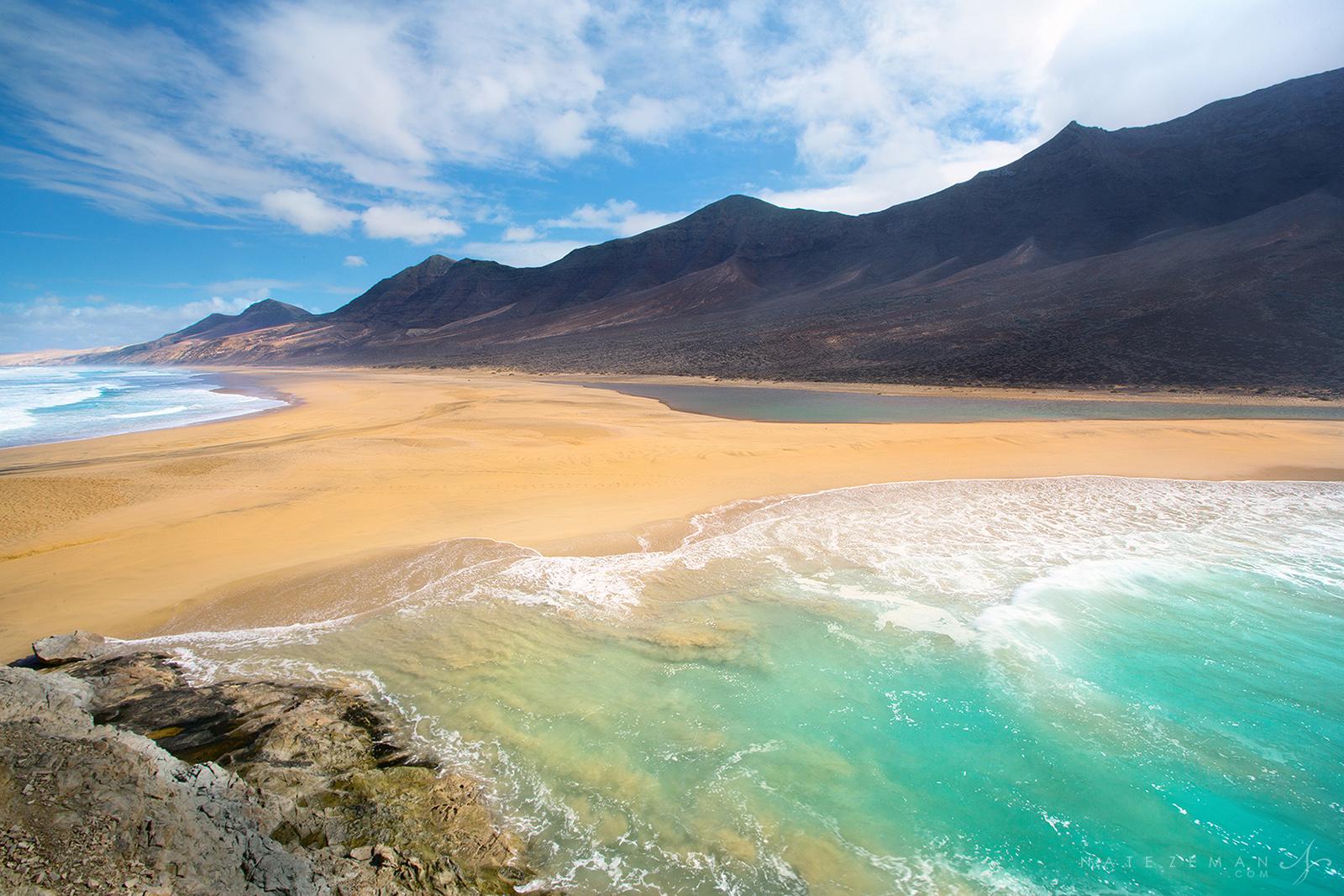 5 playas alrededor del mundo que te harán volar la mente